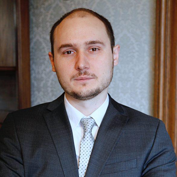 Andrei AVRAM